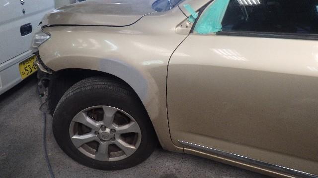 保険修理のご相談 トヨタ ヴァンガードの左側面の修理をしました